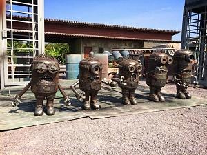 1412778217_skulptury-iz-metalloloma-1.jpg