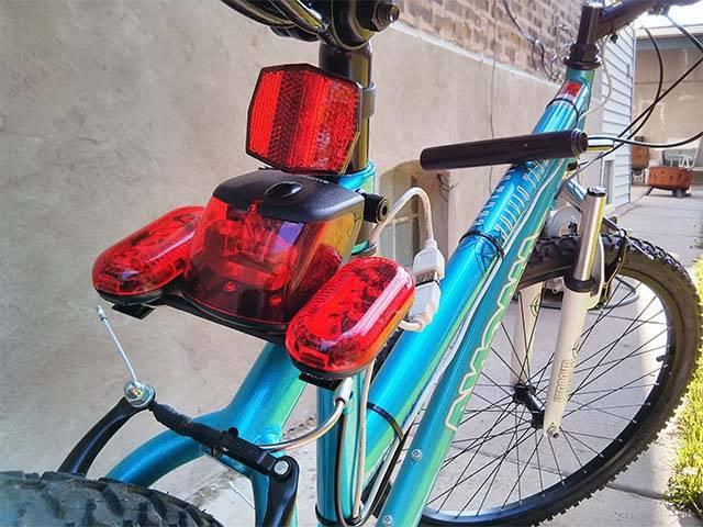 Как сделать свет на велосипед своими руками видео