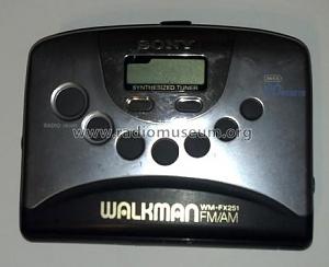 walkman_fm_am_wm_fx251.jpg