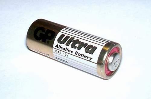 Батарейка 23АЕ 12 вольт из автобрелока сигналки.  Оказалось 12 вольтовая батарейка состоит из восьми обычных 1,5...