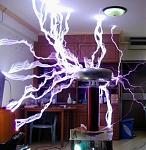tesla-coil-sparks.jpg
