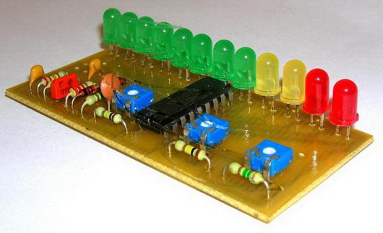32b.  Еще один вариант 12-ти светодиодный индикатор уровня сигнала на...