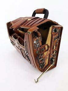 800529b80cb6aaa56b310f6931ebbb4a-leather-art-briefcases.jpg