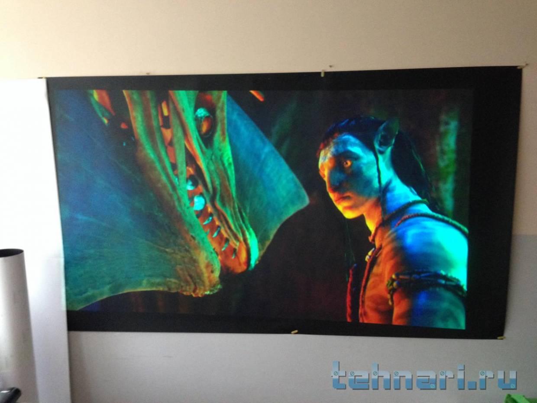 Ткань для экрана проекции на просвет