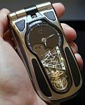 1270113397_celsius-10-6-2-phone-2.jpg