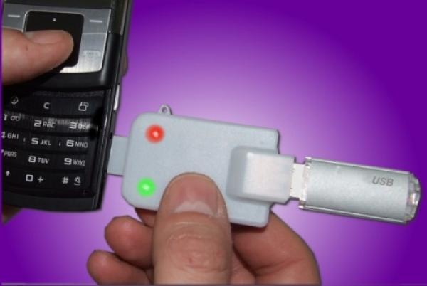 MicroSD-to-USB Mobidapter)